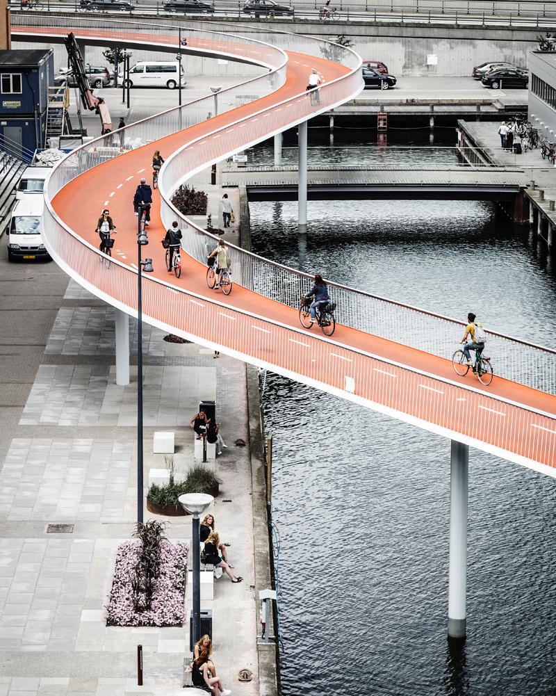 På stedet Cykelslangen - Rasmus Hjortshoj - Cykelslangen LARGE - 07_Phot...