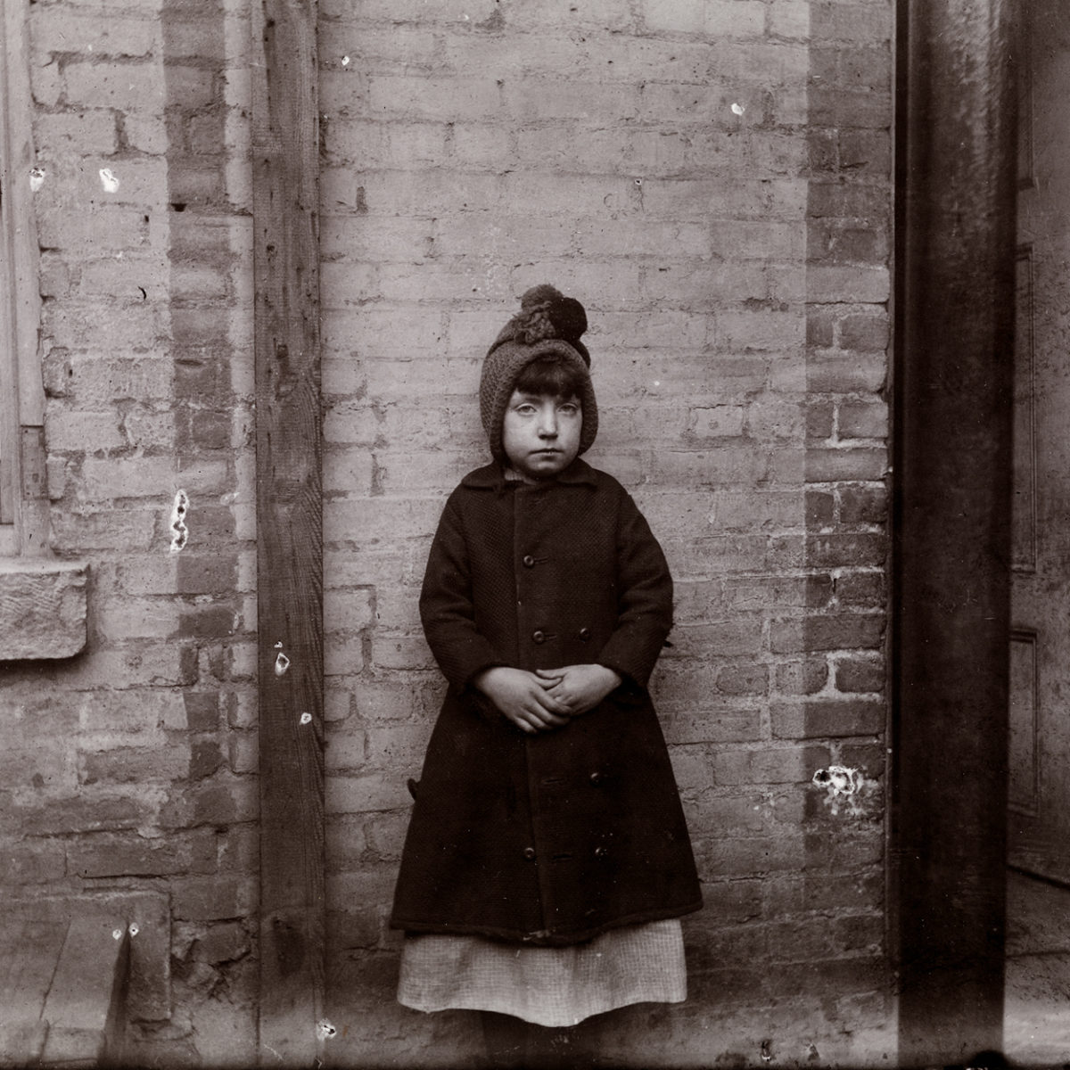 Jacob A. Riis – LIGHT IN DARK PLACES