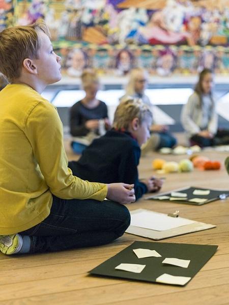 KØS Museum for kunst i det offentlige rum søger underviser